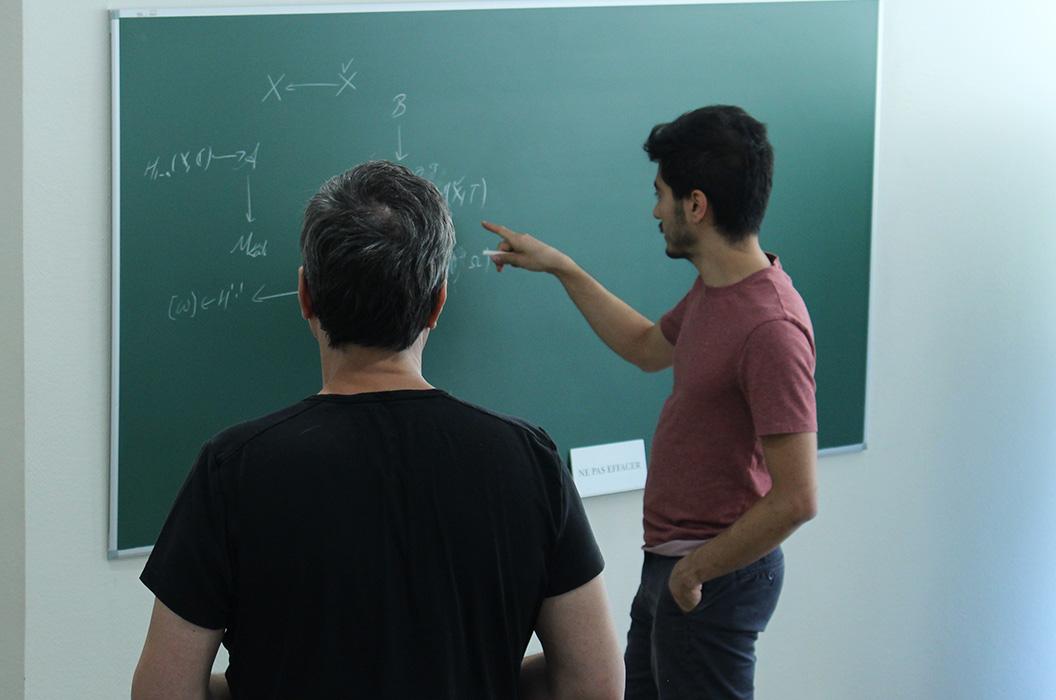 Réflexion autour de sujets mathématiques un midi